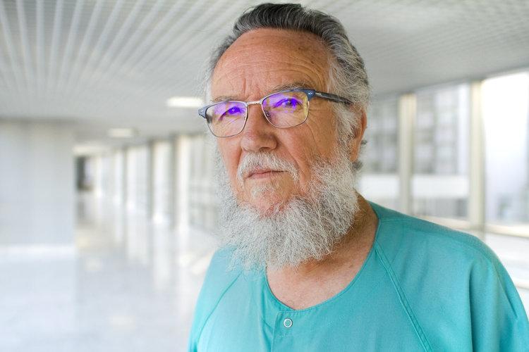 1-Felix Omeñaca Teres Jefe de Neonatologia