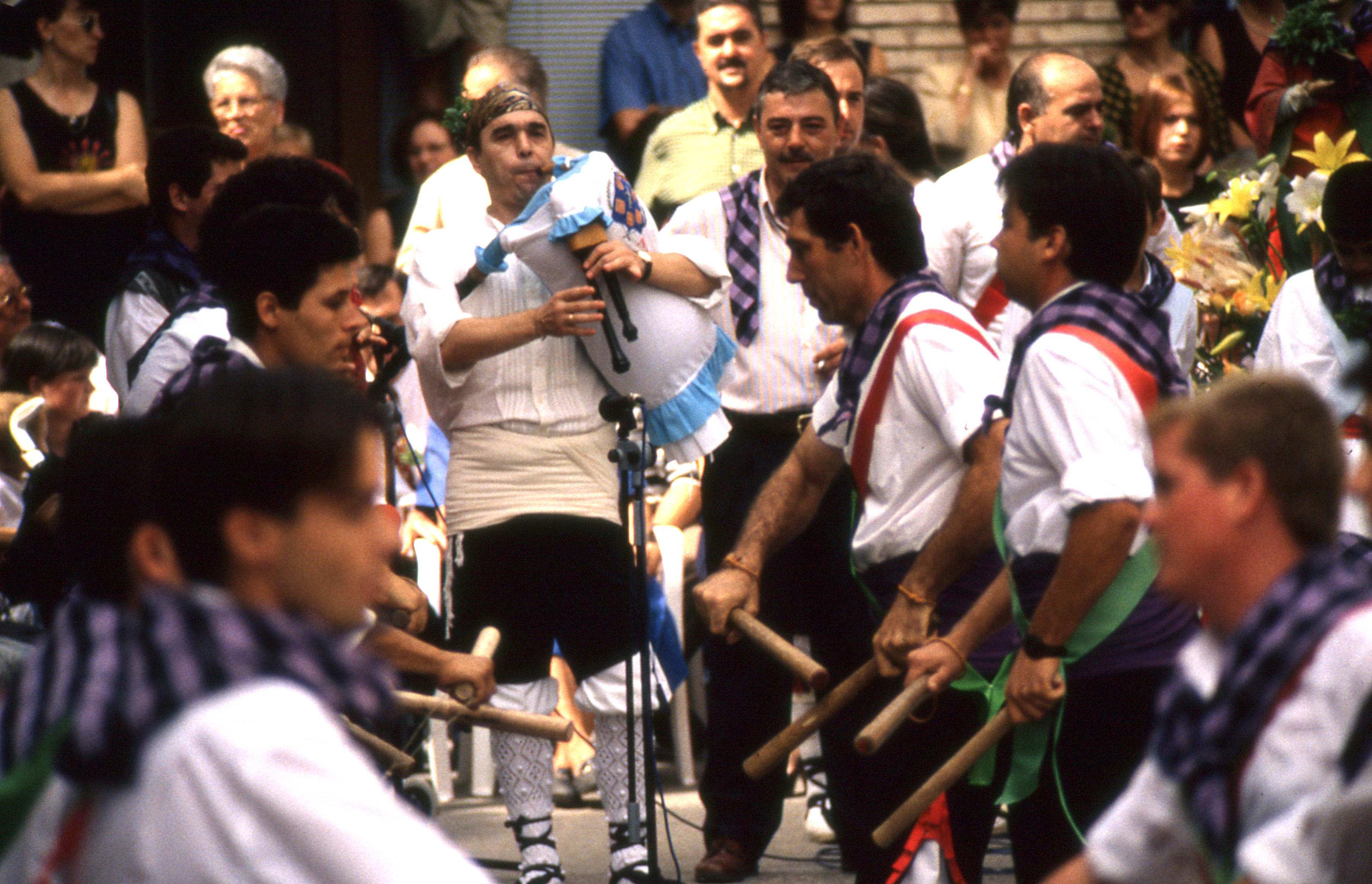 1998 Dance 7.jpg