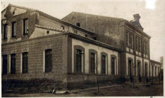 escuelas-saric3b1ena[240].jpg