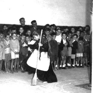 la escuela en los aÑos cincuenta 003[243]